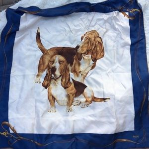 Vintage Gucci scarf with dogs
